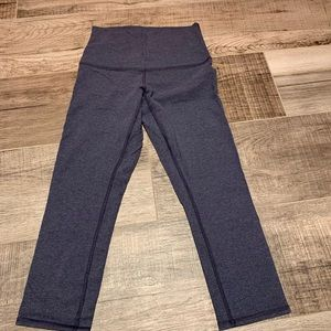 Lululemon size 4  navy/blue washout 3/5 leggings